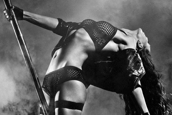 Как правильно танцевать стиптиз