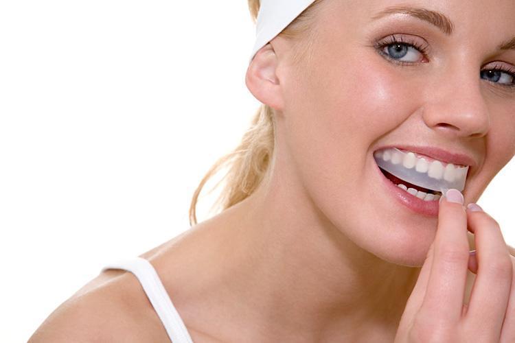 bleg-dine-tænder-med-omhu