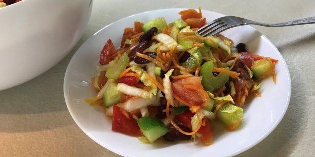 Овощной салат с фасолью и корейской морковью
