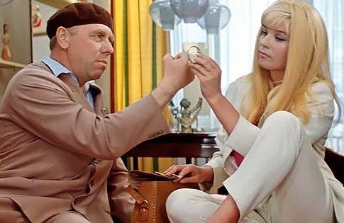 4вещи, закоторыми гонялись модницы СССР в60-е