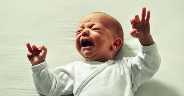 Беспокойный младенец: какнесойти сума