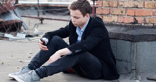 Колумбайн: тревожные симптомы вповедении подростка